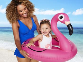 Flamingobadering baby